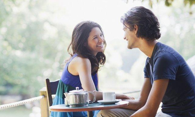 Як зацікавити дівчину: способи, що діють безвідмовно