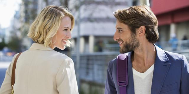 Як фліртувати з хлопцем: ефективні методи спокушання