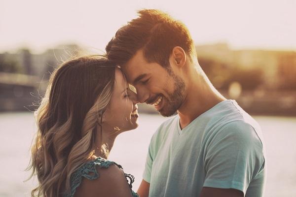 Як утримати коханця поруч з собою: різні методи