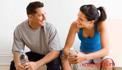 Про що поговорити з хлопцем: теми і правила спілкування