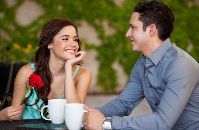 Що подарувати дівчині на першому побаченні: добірка ідей і порад