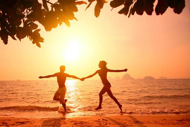 Скільки років триває закоханість: терміни і ознаки почуття