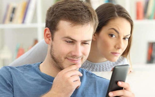 Як змусити чоловіка ревнувати і боятися втратити сім'ю