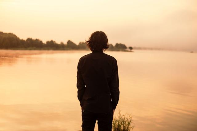 Як перевірити хлопця на вірність: перевірені способи і поради