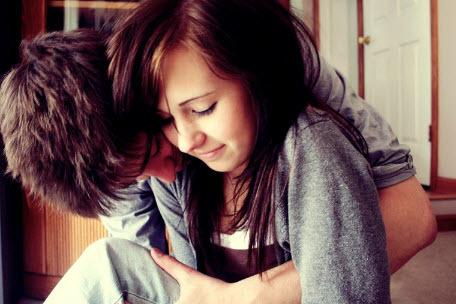 Як натякнути хлопцеві, що він мені подобається: як дати зрозуміти про почуття