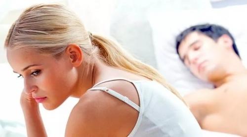 Чому дівчина не кінчає: причини аноргазмії, як виправити