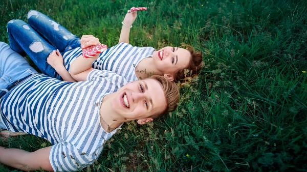 Про що поговорити з дівчиною: кращі теми для спілкування