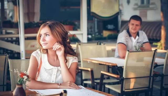 Як познайомитися з хлопцем: де шукати серйозні відносини