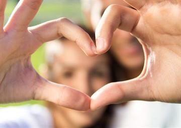 Терези і Водолій: сумісність знаків зодіаку в любові і дружбі