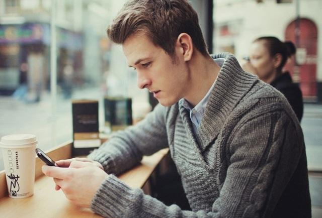 Про що можна поговорити з хлопцем в ВК: секрети онлайн-спілкування