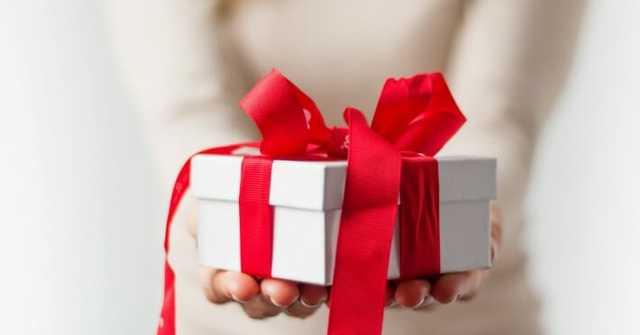 Привітання з днем народження колишній дружині: способи і поради
