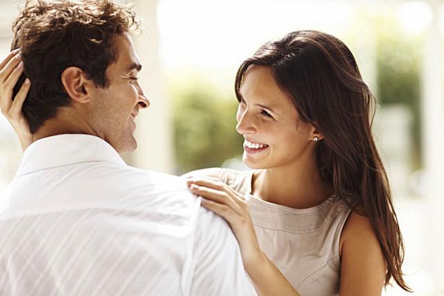 Як ласкаво назвати дівчину: перелік приємних слів для коханої