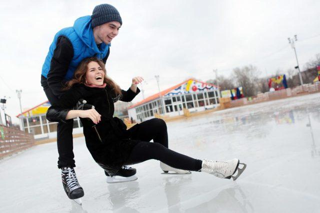 Куди запросити дівчину на перше побачення взимку: 20 варіантів