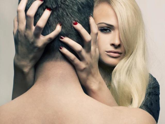Як звести з розуму чоловіка в ліжку: способи підкорення душі і тіла