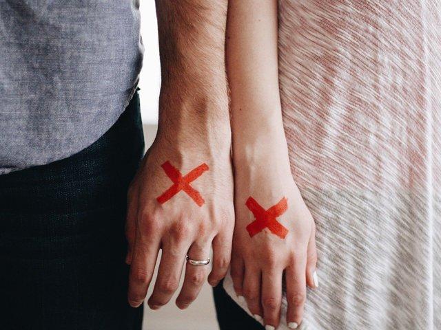 Що робити, якщо дівчина образилася: повернути гармонію у відносини