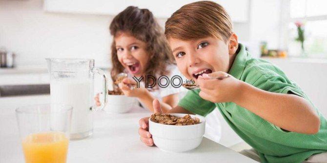 пластівці на сніданок