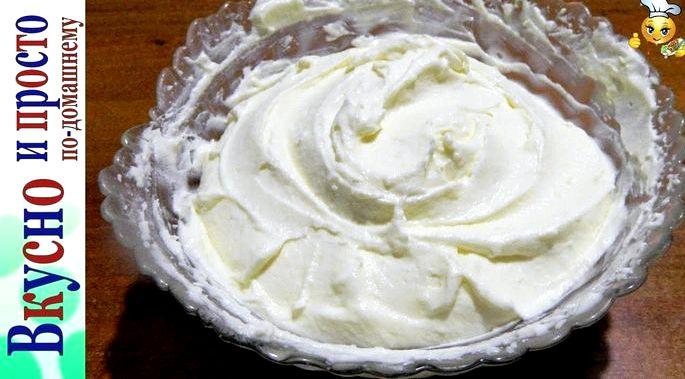 Крем для торта сметана і згущене молоко Біла згущене молоко має більш
