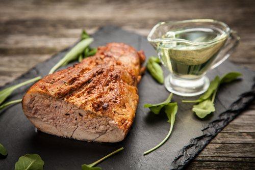 М'ясо в духовці