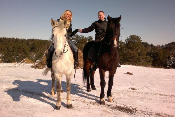 прогулянка на конях - сюрприз для чоловіка