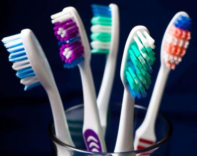 Рейтинг кращих зубних щіток