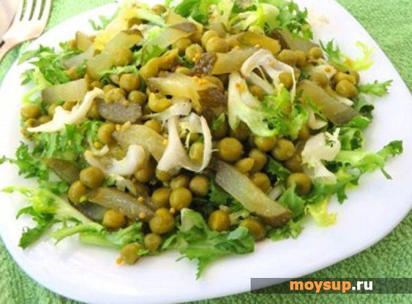 Салат з огірків з зеленим горошком